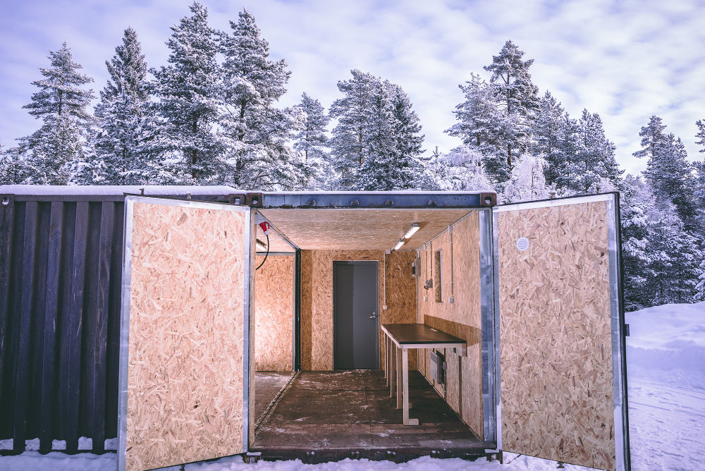 Hanki lämpöeristetty merikontti varastoksi – Renta vuokraa 3E Buildingin kontteja ympäri Suomea
